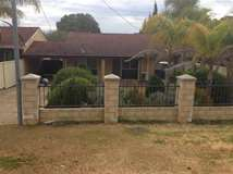 16 Hotham Avenue, Boddington