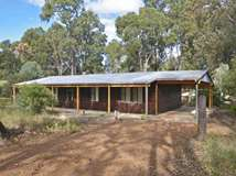 42 Bentley Street, Stoneville