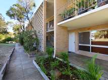 6/6 Wilson Cres, Wembley Downs