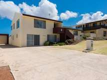 3 Lawson Place, Tarcoola Beach