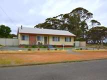 77 Omdurman Street, Wagin