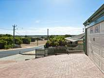 85 Lakeside Terrace, Preston Beach