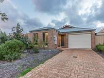 18A Ripplevale Circle, Carramar