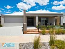 19 Strathclyde Circuit, Champion Lakes